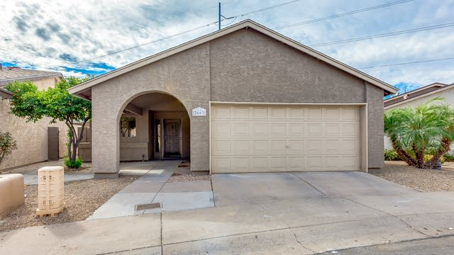 Photo 1 of 27 - 2663 W Hearn Rd, Phoenix, AZ 85023