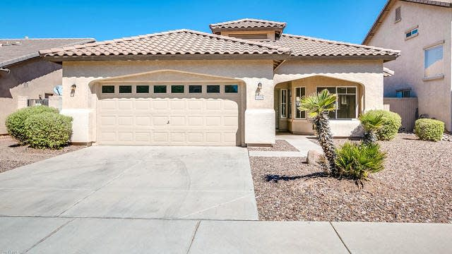 Photo 1 of 24 - 12218 W Monroe St, Avondale, AZ 85323
