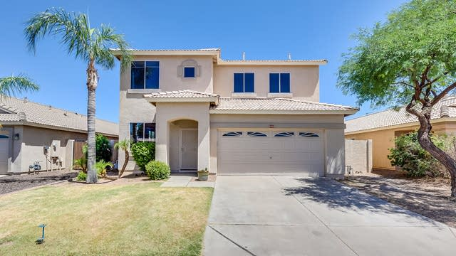 Photo 1 of 34 - 9742 E Knowles Ave, Mesa, AZ 85209