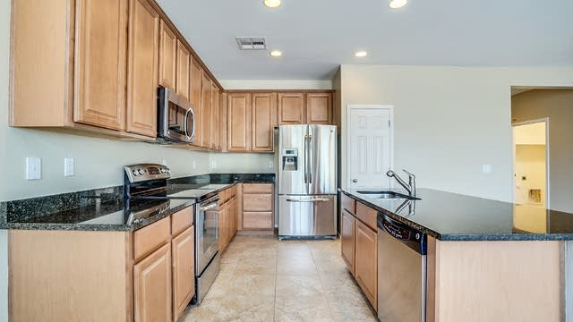 Photo 1 of 23 - 1856 E Merlot St, Gilbert, AZ 85298