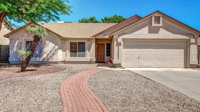 Photo 1 of 23 - 819 N Falcon Dr, Gilbert, AZ 85234