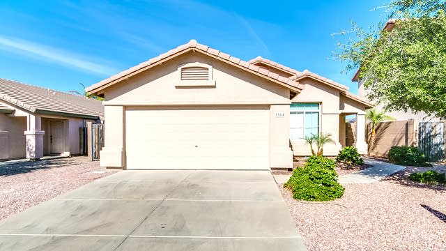 Photo 1 of 27 - 1564 S 229th Ave, Buckeye, AZ 85326