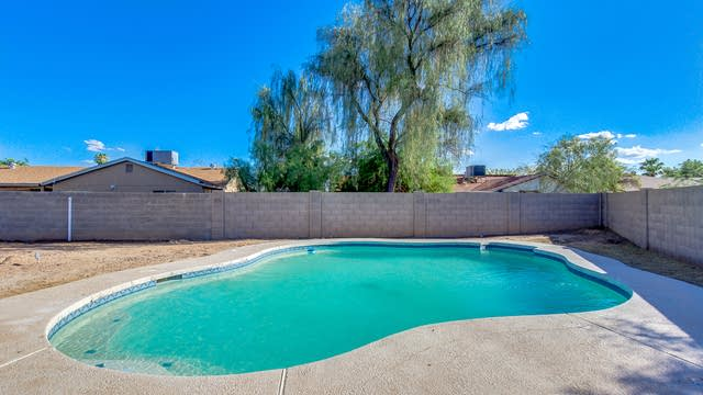 Photo 1 of 25 - 6713 W Flower St, Phoenix, AZ 85033