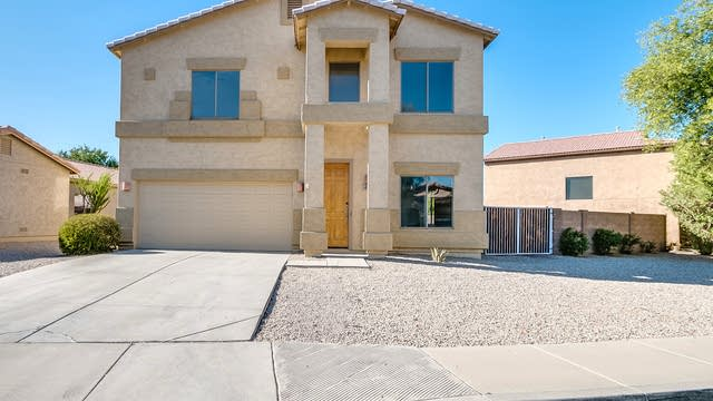 Photo 1 of 25 - 470 E Cheyenne Rd, San Tan Valley, AZ 85143