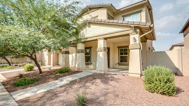 Photo 1 of 24 - 3320 W Hayduk Rd, Phoenix, AZ 85339