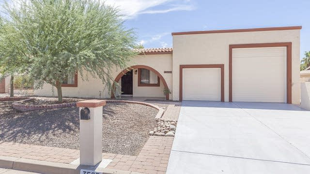 Photo 1 of 28 - 7525 E Pueblo Ave, Mesa, AZ 85208