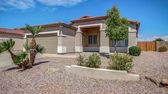 Photo 1 of 28 - 1949 S Talbot Cir, Mesa, AZ 85209