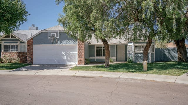 Photo 1 of 18 - 406 W Rockwood Dr, Phoenix, AZ 85027