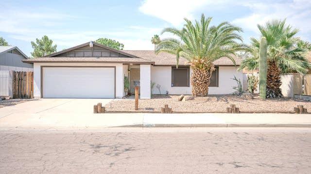 Photo 1 of 20 - 614 W Wescott Dr, Phoenix, AZ 85027
