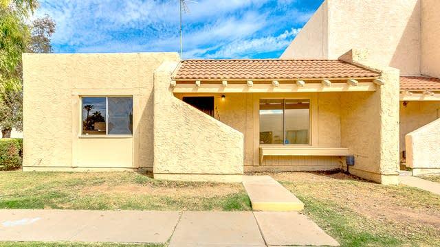 Photo 1 of 27 - 4331 W Solano Dr N, Glendale, AZ 85301