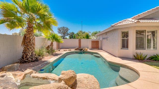 Photo 1 of 22 - 2558 E Garnet Ave, Mesa, AZ 85204