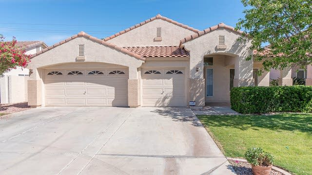 Photo 1 of 51 - 1300 W Derringer Way, Chandler, AZ 85286