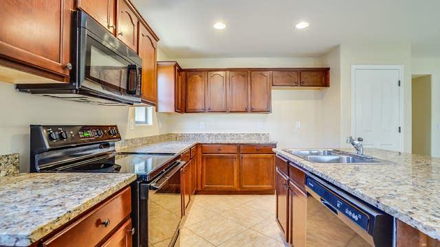 Photo 1 of 20 - 33086 N Sandstone Dr, San Tan Valley, AZ 85143