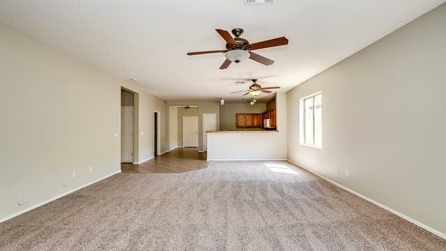Photo 1 of 34 - 8215 W Forest Grove Ave, Phoenix, AZ 85043