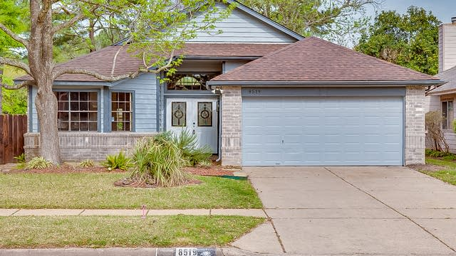 Photo 1 of 16 - 8519 Sparkling Springs Dr, Houston, TX 77095