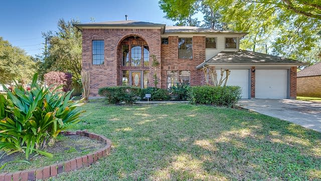 Photo 1 of 24 - 3722 Misty Ridge Dr, Humble, TX 77396