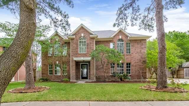 Photo 1 of 25 - 6614 Crystal Point Dr, Katy, TX 77449