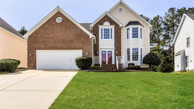 Photo 1 of 25 - 106 Yorkhill Dr, Cary, NC 27513