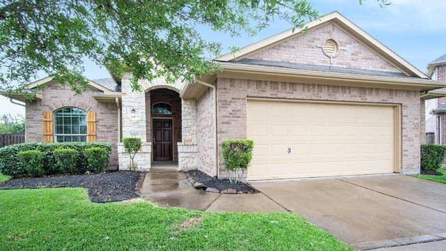 Photo 1 of 18 - 27503 Briscoe Park Ct, Fulshear, TX 77441
