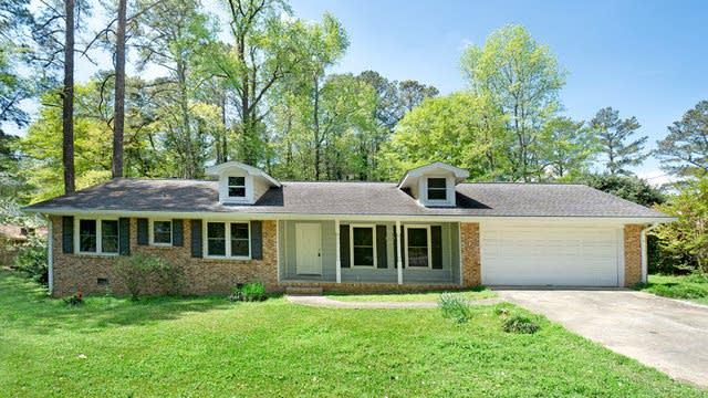 Photo 1 of 17 - 1707 Fremont Dr SW, Stone Mountain, GA 30087
