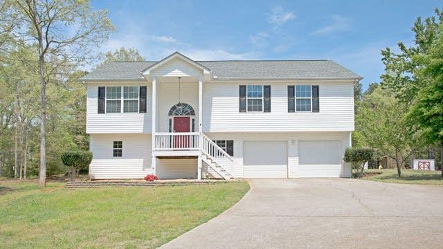 Photo 1 of 14 - 1334 Oak Hill Rd, Covington, GA 30016