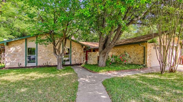 Photo 1 of 26 - 111 S Lake Creek Dr, Round Rock, TX 78681
