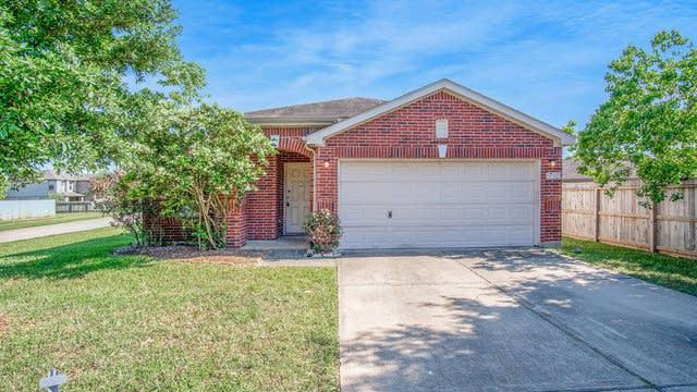 Photo 1 of 16 - 17123 Kemble Creek Dr, Houston, TX 77084