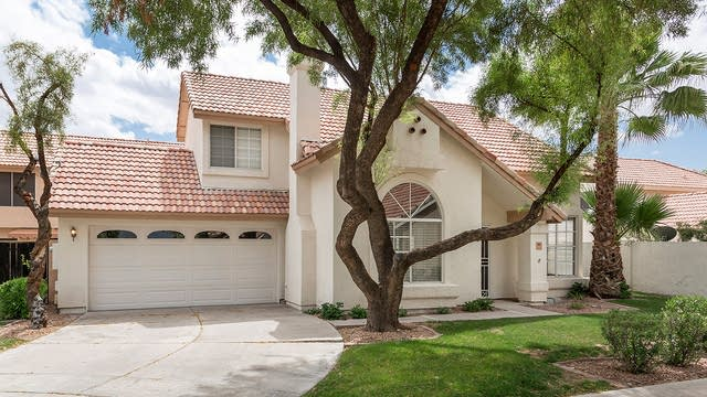 Photo 1 of 22 - 13661 S 39th St, Phoenix, AZ 85044