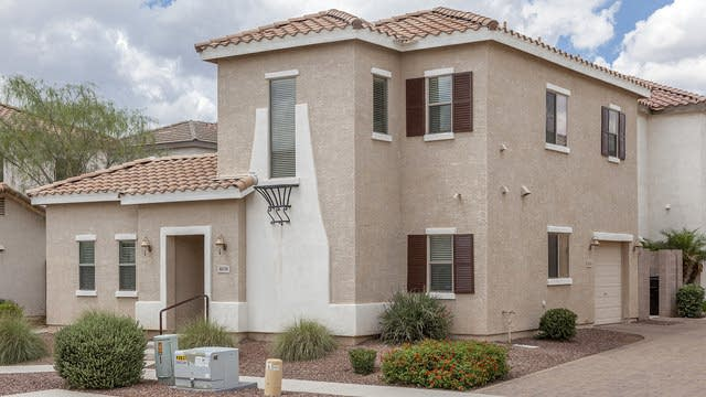 Photo 1 of 20 - 4676 E Redfield Rd, Gilbert, AZ 85234