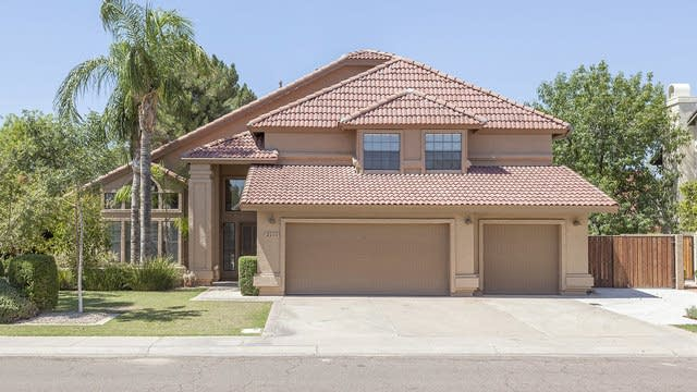 Photo 1 of 30 - 2110 E Marquette Dr, Gilbert, AZ 85234