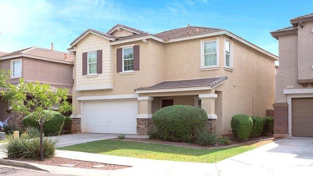 Photo 1 of 26 - 2115 E Bowker St, Phoenix, AZ 85040