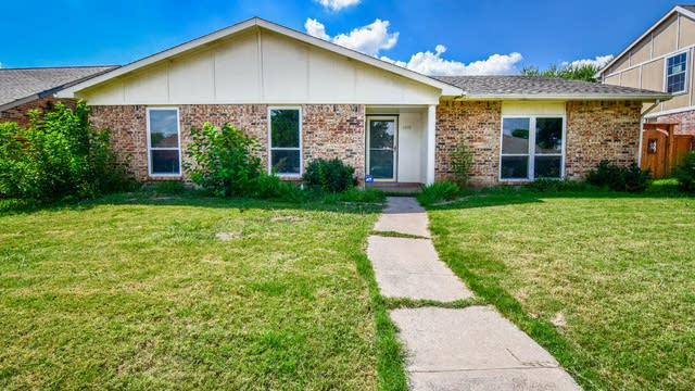Photo 1 of 37 - 6808 Fryer St, The Colony, TX 75056