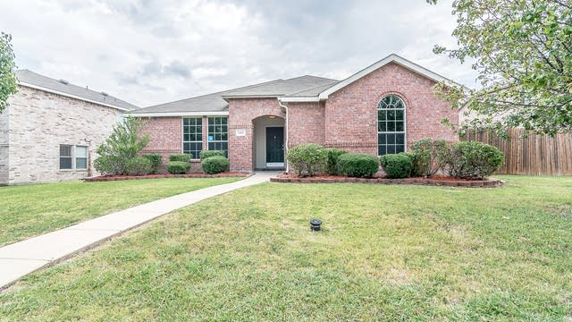 Photo 1 of 22 - 1608 Nevers Dr, Royse City, TX 75189
