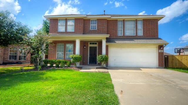 Photo 1 of 33 - 310 Grand Highlands Dr, Wylie, TX 75098