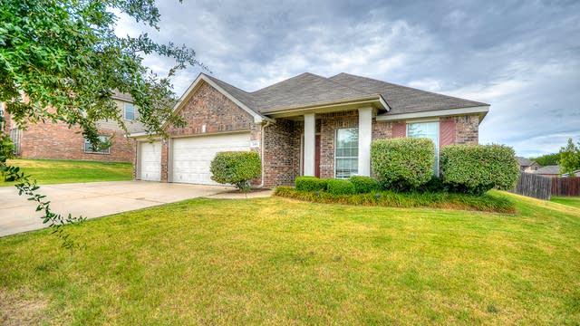 Photo 1 of 26 - 544 Kenilworth Ave, Oak Point, TX 75068