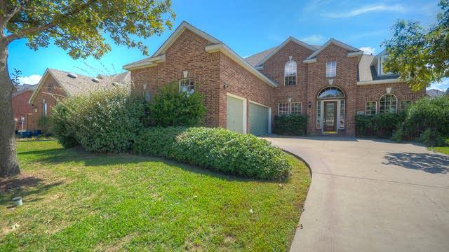 Photo 1 of 44 - 9801 Pinehurst Dr, Rowlett, TX 75089