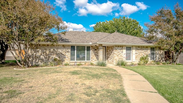 Photo 1 of 32 - 2308 Twilight Cir, Plano, TX 75093