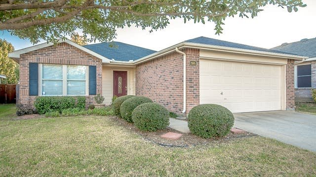 Photo 1 of 20 - 2605 Caprock Rd, McKinney, TX 75071