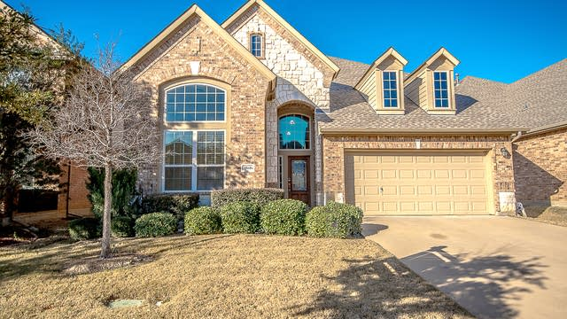 Photo 1 of 30 - 1561 Bonham Pkwy, Lantana, TX 76226