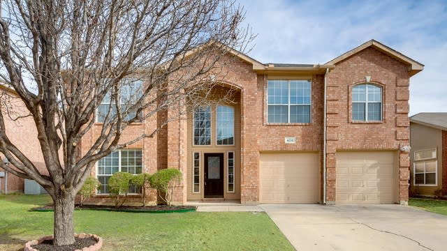 Photo 1 of 24 - 6712 Cambrian Way, Fort Worth, TX 76137