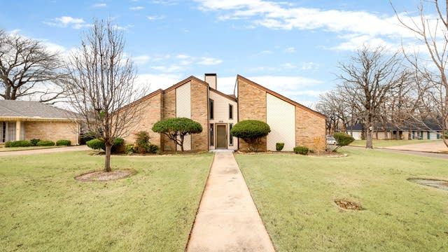 Photo 1 of 27 - 5916 Walden Trl, Arlington, TX 76016