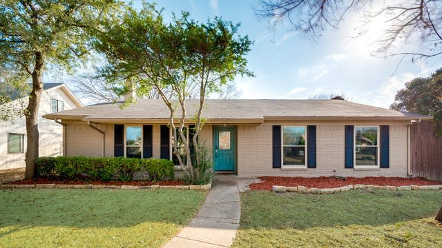 Photo 1 of 23 - 624 Middle Cove Dr, Plano, TX 75023