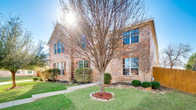 Photo 1 of 30 - 7413 High Point Dr, Sachse, TX 75048