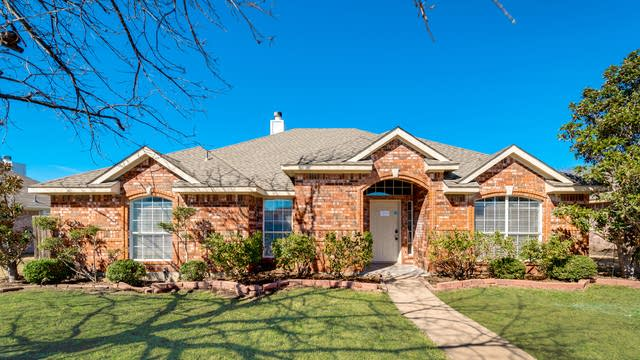 Photo 1 of 28 - 2705 Granite Ave, Sachse, TX 75048