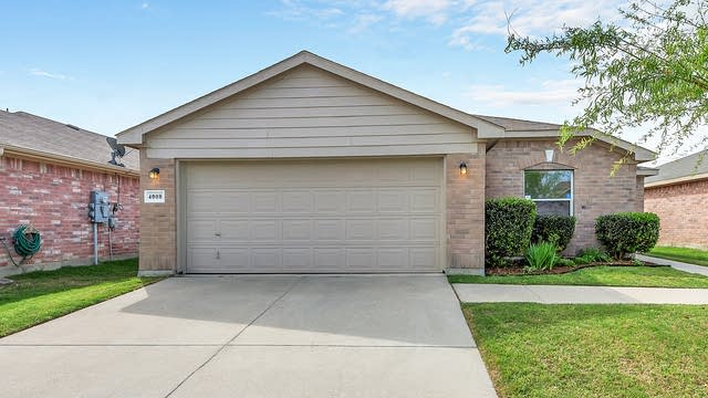 Photo 1 of 25 - 4008 Tiburon St, Fort Worth, TX 76106