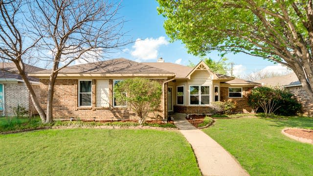 Photo 1 of 26 - 664 Phillips Dr, Coppell, TX 75019