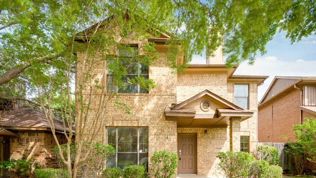 Photo 1 of 28 - 1723 Cordova Dr, Mesquite, TX 75150