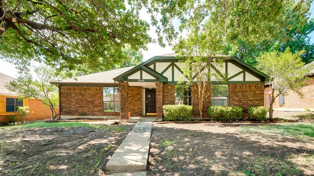 Photo 1 of 29 - 1534 Winter Park Ln, Lewisville, TX 75077