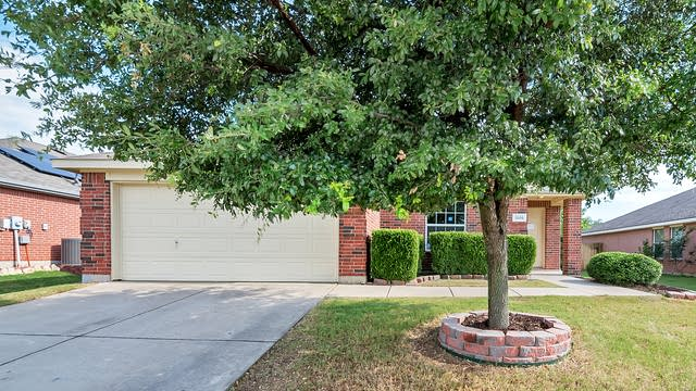 Photo 1 of 23 - 1205 Diamond Back Ln, Haslet, TX 76052