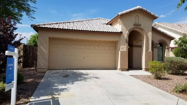 Photo 1 of 2 - 4011 E Maplewood St, Gilbert, AZ 85297